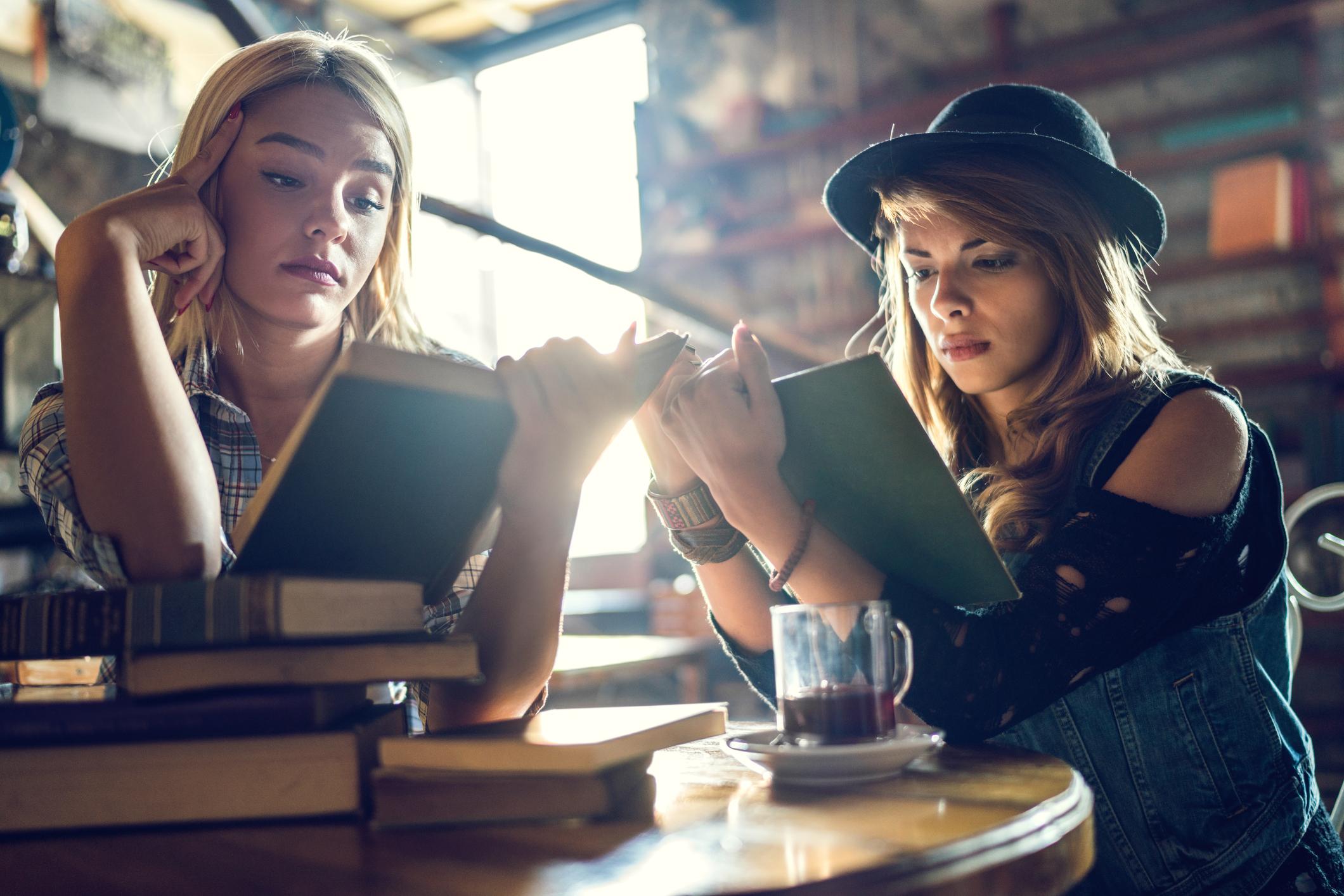 Ungdomsbøker